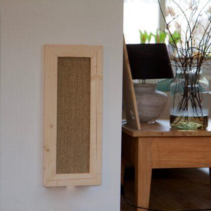 Katten krabplank gemaakt van steigerhout en sisal.